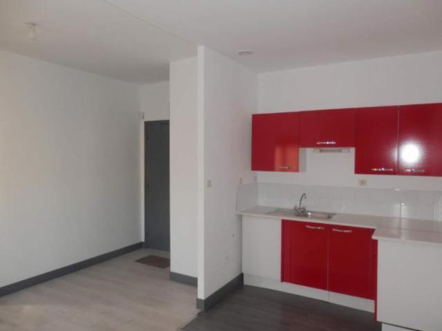 Location - Appartement - Neufchâtel-en-Bray - 43.00m² - 2 pièces - Ref : 069/1181