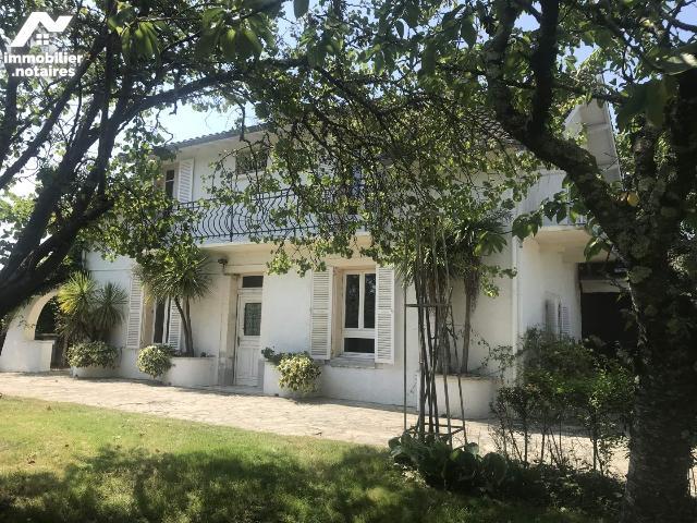 Vente - Maison - Montbeton - 189.0m² - 6 pièces - Ref : 21M808