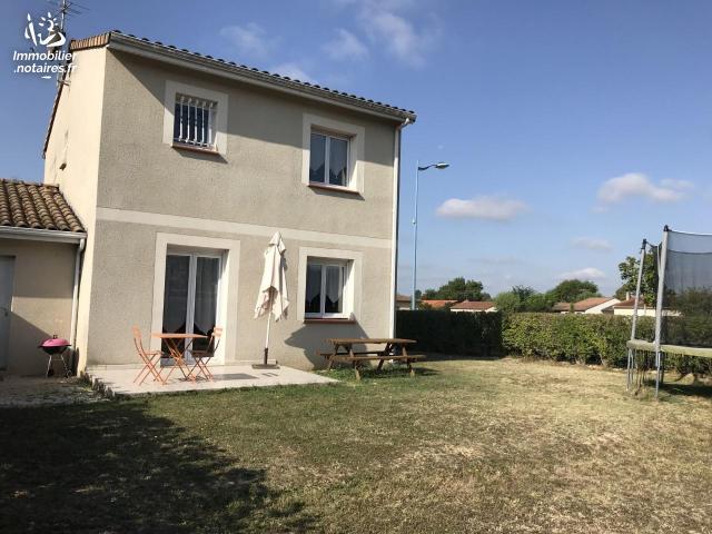 Vente - Maison - Saint-Étienne-de-Tulmont - 87.98m² - 4 pièces - Ref : 19M706