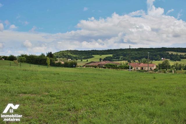 Vente - Terrain à bâtir - Lauzerte - 1.0m² - Ref : 038/584
