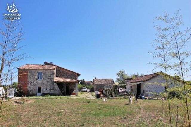 Vente - Maison - Brassac - 183.00m² - 10 pièces - Ref : 038/501