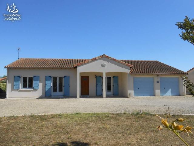 Vente - Maison - Neuville-de-Poitou - 105.39m² - 4 pièces - Ref : 018/741
